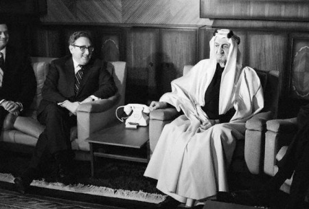 kissinger with saudis 1973
