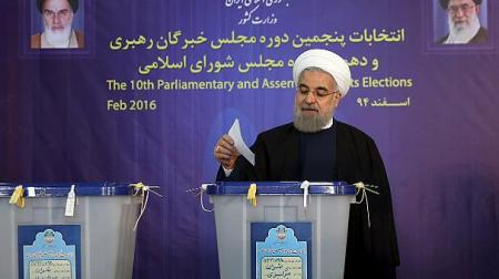 Iranian president Rouhani casting his vote February 26 for his favorite regime candidate.