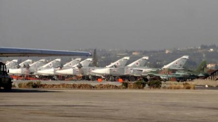 Russian fighters sit on the tarmac at Hmeimim Airbase near Latakia.