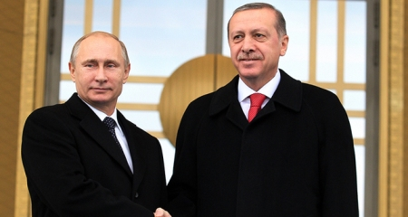 Erdoğan and Putin meet following Erdoğan's call for a meeting with Putin